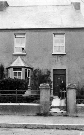 Gillespie home in Clarecastle, c.1900. Now Hanly's house