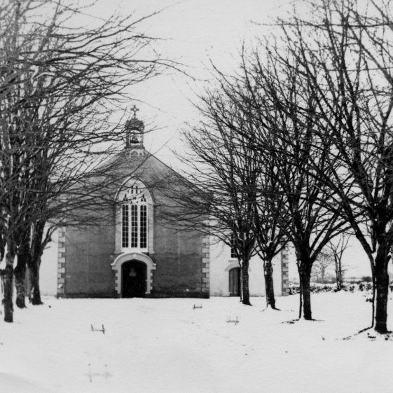 Clarecastle Church 1955 with avenue of trees | Sergeant Long