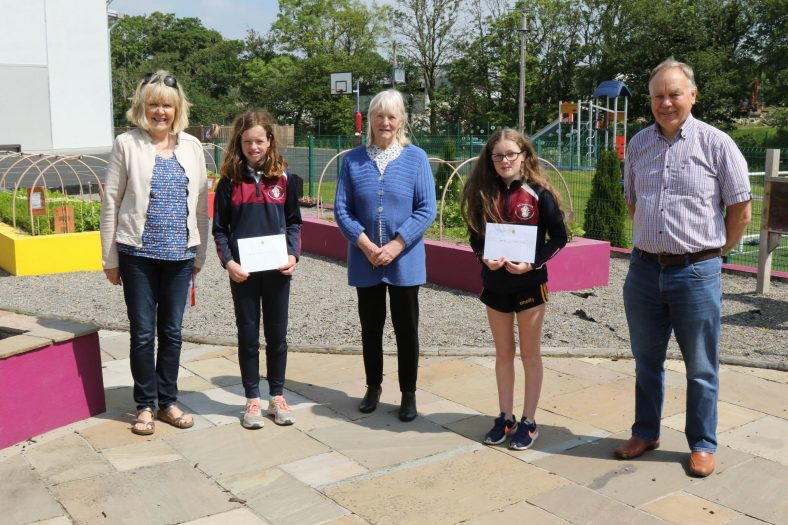 Ballyea 6th Class Winners with judge Hilary Gilmore and Catherine O'Connor & Christy Leyden of the Heritage and Wildlife Group | John Power