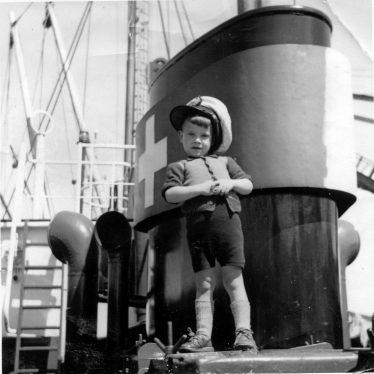 1 Willem Moojen aboard the Silvaplana (3-1949) in the late summer of 1949. | Willem Moojen