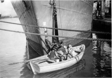 4. With Portuguese sailor Augusto painting the anchor of the Gerry-S in Swansea harbour in July 1956 just before I drifted into port with the workboat. | Willem Moojen